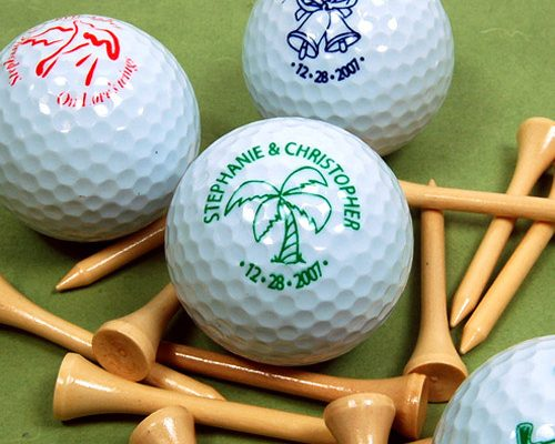 Golfballen en tees